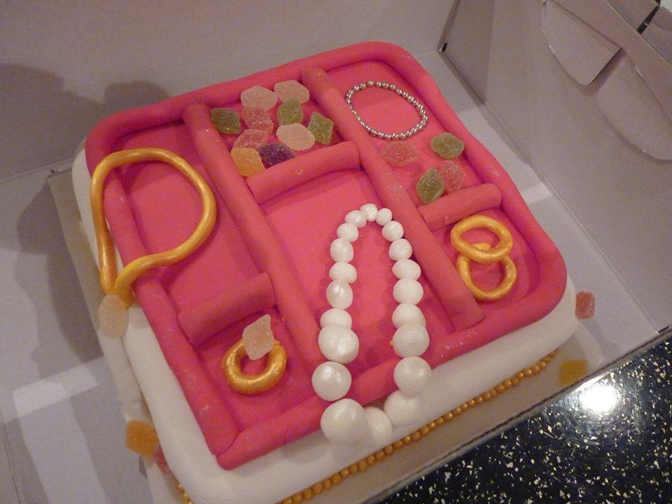 Jeannettes Custom Cakes